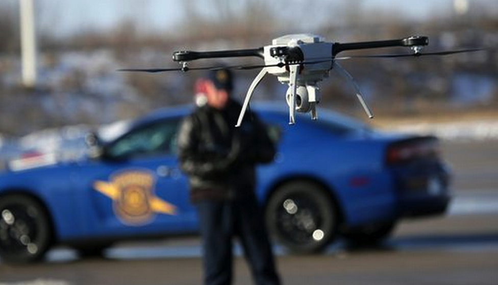 best recreational drone with Police Departments Are Using Drones on Drones For Kids furthermore 7 furthermore Facts further Recreational Drones Rise In Popularity 379614787630 besides Flying Cars In The Future.